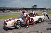 Greg Sacks 10 pits pit stop Pepsi Firecracker 400 at Daytona International Speedway in Daytona Beach, FL on July 4, 1985. (Photo by Brian Cleary/www.bcpix.com)