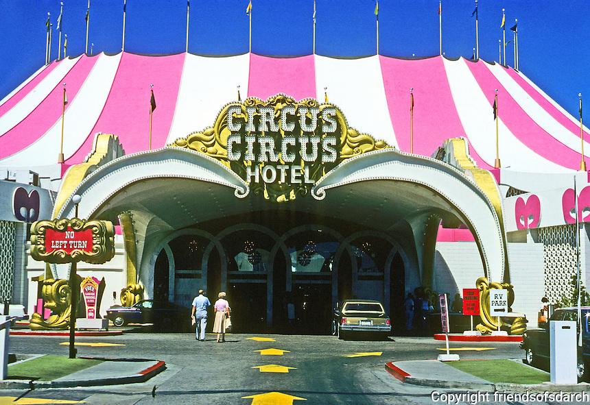 Las Vegas: Circus Circus Hotel--entrance. Photo '79.
