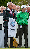 21.05.2015. Wentworth, England. BMW PGA Golf Championship. Round 1.  Officials hold Rory Mcilroy's Caddies vest on the first tee. First round of the 2015 BMW PGA Championship from The West Course Wentworth Golf Club