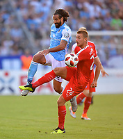 19.08.2018, Football DFB Pokal 2018/2019, 1. round, Tsv 1860 Muenchen - Holstein Kiel, Gruenwalderstadium Muenchen. v.li: Adriano Grimaldi (1860 Muenchen)  -  Hauke Wahl (Kiel).<br /><br /><br />***DFB rules prohibit use in MMS Services via handheld devices until two hours after a match and any usage on internet or online media simulating video foodaye during the match.*** *** Local Caption *** © pixathlon<br /> <br /> Contact: +49-40-22 63 02 60 , info@pixathlon.de