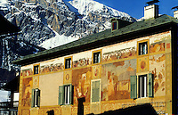 - Cortina d'Ampezzo, ancient painted typical house ....- Cortina d'Ampezzo, antica casa tipica dipinta
