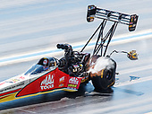 NHRA Mello Yello Drag Racing Series<br /> Mopar Mile-High NHRA Nationals<br /> Bandimere Speedway, Morrison, CO USA<br /> Sunday 23 July 2017 Doug Kalitta, Mac Tools, top fuel dragster<br /> <br /> World Copyright: Mark Rebilas<br /> Rebilas Photo