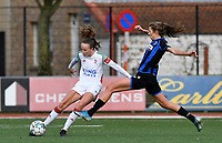 OHL's Sari Kees pictured in a duel with Marie Minnaert (13 Brugge) during a female soccer game between Club Brugge Dames YLA and Oud Heverlee Leuven on the 8 th matchday of the 2020 - 2021 season of Belgian Scooore Womens Super League , saturday 21 th November 2020  in Knokke , Belgium . PHOTO SPORTPIX.BE | SPP | DAVID CATRY
