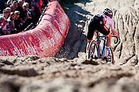 European Champion Eli Iserbyt (BEL/Pauwels Sauzen - Bingoal) in the infamous Zonhoven 'Pit'<br /> <br /> Elite Men's Race<br /> 2021 UCI cyclo-cross World Cup - Zonhoven (BEL)<br /> <br /> ©kramon