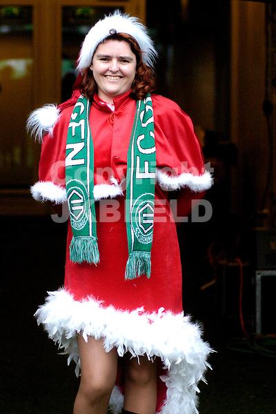 fc groningen -psv eredivisie seizoen 2007-2008 26-12- 2007.kerstvrouw.fotograaf Jan Kanning *** Local Caption ***