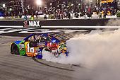 Monster Energy NASCAR Cup Series<br /> Bass Pro Shops NRA Night Race<br /> Bristol Motor Speedway, Bristol, TN USA<br /> Saturday 19 August 2017<br /> Kyle Busch, Joe Gibbs Racing, M&M's Caramel Toyota Camry, does a burnout after winning<br /> World Copyright: John K Harrelson<br /> LAT Images