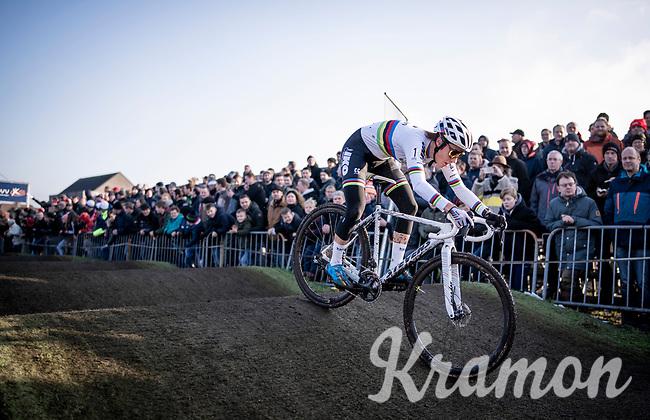CX World Champion Sanne Cant (BEL/Iko-Crelan) attacking the pump track<br /> <br /> Azencross Loenhout 2019 (BEL)<br />  <br /> ©kramon