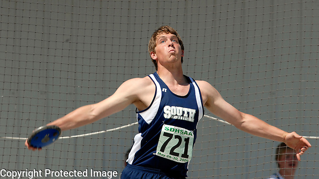 Inertia Photo/Dick Kettlewell:  South Central's Andrew Tuttle -- Discus