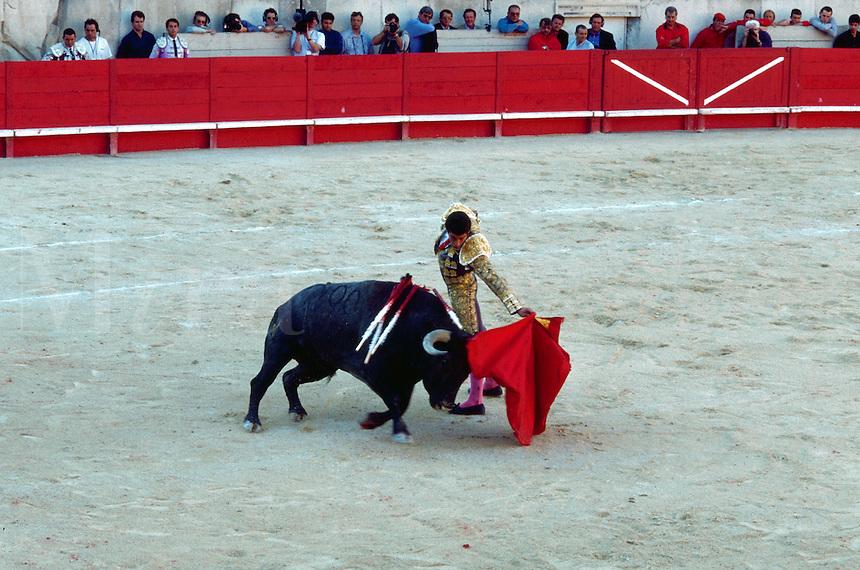 Manuel Cabrello fighting a bull, Nimes, France