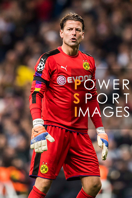Goalkeeper Roman Weidenfeller of Borussia Dortmund looks on during the 2016-17 UEFA Champions League match between Real Madrid and Borussia Dortmund at the Santiago Bernabeu Stadium on 07 December 2016 in Madrid, Spain. Photo by Diego Gonzalez Souto / Power Sport Images