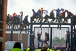 15.05.2021 Rangers v Aberdeen: Fans trying to climb the gates at Ibrox during the match