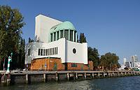 Nederland  Rotterdam - September 2020. Ventilatiegebouw van de Maastunnel.  Foto : ANP/ HH / Berlinda van Dam