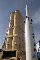 """- stand Israeli Aeronautical Industry, antiaircraft missile system """"Arrow"""" ....- stand industria Aeronautica israeliana, sistema missilistico antiaereo """"Arrow"""""""