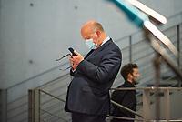 """107. Sitzung des """"1. Untersuchungsausschuss"""" der 19. Legislaturperiode des Deutschen Bundestag am Donnerstag den 5. November 2020 zur Aufklaerung des Terroranschlag durch den islamistischen Terroristen Anis Amri auf den Weihnachtsmarkt am Berliner Breitscheidplatz im Dezember 2016.<br /> Als Zeugen waren unter anderem der Praesident des Bundeskriminalamtes, Holger Muench, der Praesident des Bundesnachrichtendienstes Dr. Bruno Kahl, ein nichtoeffentlicher Zeuge des Bundesamt fuer Verfassungsschutz und der Rechtsextremist und Pegida-Gruender Lutz Bachmann geladen.<br /> Im Bild: Fritz Felgentreu, Obmann der SPD-Fraktion im Ausschuss.<br /> 5.11.2020, Berlin<br /> Copyright: Christian-Ditsch.de"""