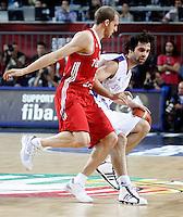 Milos TEODOSIC (Serbia)  passes Sinan GULER (Turkey) during the semi-final World championship basketball match against Turkey in Istanbul, Serbia-Turkey, Turkey on Saturday, Sep. 11, 2010. (Novak Djurovic/Starsportphoto.com) .