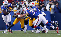 ORCHARD PARK, NY - NOVEMBER 28:  Emmanuel Sanders #88 of the Pittsburgh Steelers returns a kick through the Buffalo Bills special teams during the game on November 28, 2010 at Ralph Wilson Stadium in Orchard Park, New York.  (Photo by Jared Wickerham/Getty Images)