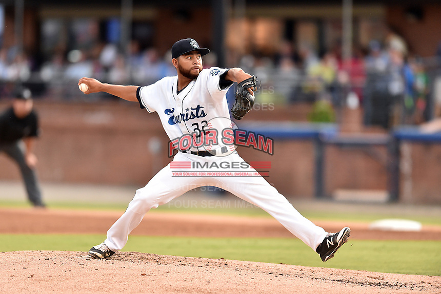 Asheville Tourists starting pitcher Javier Palacios (32) delivers a pitch during a game against the Hagerstown Suns at McCormick Field on September 4, 2016 in Asheville, North Carolina. The Suns defeated the Tourists 10-5. (Tony Farlow/Four Seam Images)