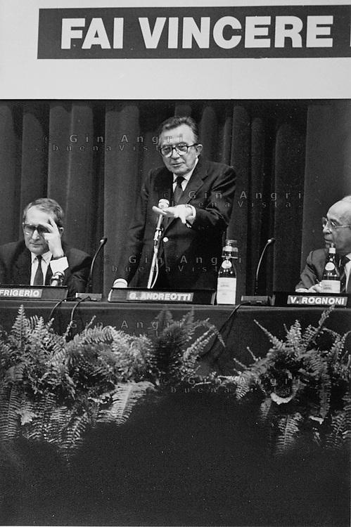 mani pulite 1992/1994<br /> Giulio Andreotti 1994, Democrazia Cristiana