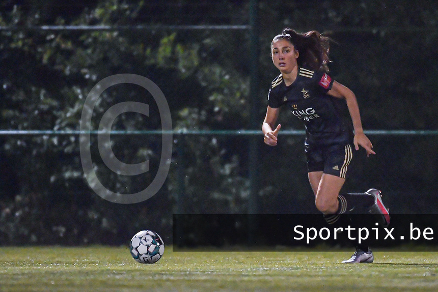 OHL's defender Amber Tysiak (3) pictured during a female soccer game between  Racing Genk Ladies and Oud Heverlee Leuven on the fourth matchday of the 2020 - 2021 season of Belgian Scooore Womens Super League , friday 9 th of October 2020  in Genk , Belgium . PHOTO SPORTPIX.BE | SPP | STIJN AUDOOREN