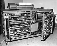 Ordinateur IBM.<br /> 1960.<br /> Source : Archives - HEC Montréal, A007/XPH,0040.