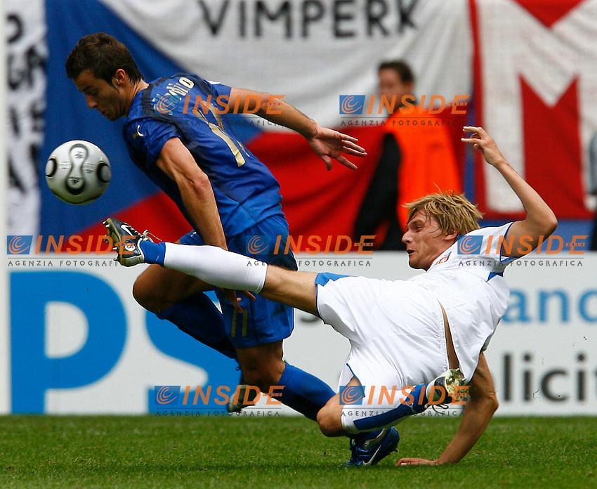 HAmburg 22/6/2006 World Cup 2006.Repubblica Ceca Italia 0-2.Photo Andrea Staccioli Insidefoto.gilardino e kovac