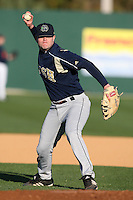 February 26, 2010:  Will Harford of the Notre Dame Fighting Irish during the Big East/Big 10 Challenge at Jack Russell Stadium in Clearwater, FL.  Photo By Mike Janes/Four Seam Images