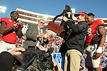 December 30, 2016: Georgia head coach Kirby Smart lifts the Liberty Bowl trophy after winning the AutoZone Liberty Bowl at Liberty Bowl Memorial Stadium in Memphis, Tennessee. ©Justin Manning/Eclipse Sportswire/Cal Sport Media