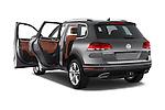 Car images of 2017 Volkswagen Touareg Executive 5 Door SUV Doors