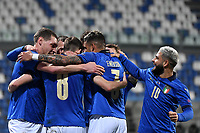 Jorge Luiz Frello Filho Jorginho of Italy celebrates with team mates after scoring the goal of 1-0 during the Uefa Nation League Group Stage A1 football match between Italy and Poland at Citta del Tricolore Stadium in Reggio Emilia (Italy), November, 15, 2020. Photo Andrea Staccioli / Insidefoto