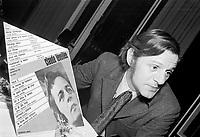 Sujet : Claude Leveillee<br /> Date : 10 decembre 1969<br /> Photographe : Photo Moderne<br /> - Agence Quebec Presse