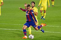 27th September 2020; Camp Nou, Barcelona, Catalonia, Spain; La Liga Football, Barcelona versus Villareal;  Griezmann shoots on goal under pressure