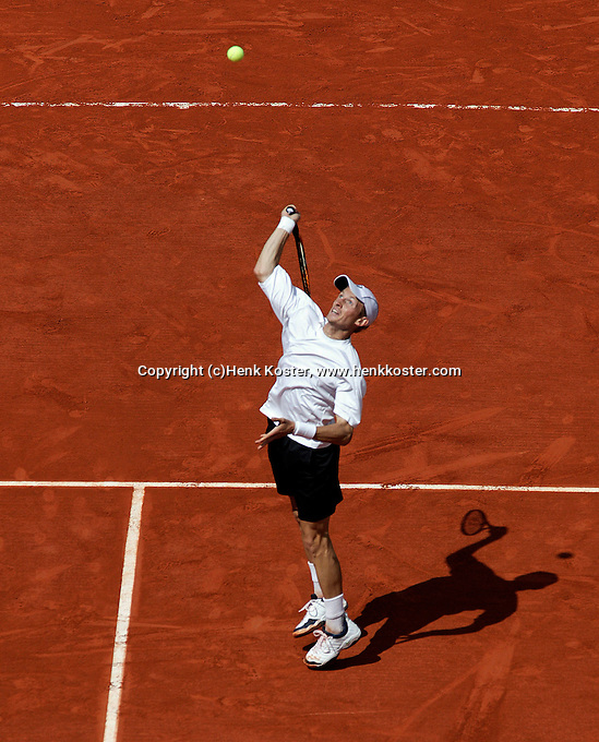 2-6-06,France, Paris, Tennis , Roland Garros, Davidenko