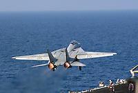 """- F 14 """"Tomcat"""" fighter aircraft on Kennedy aircraft carrier....- aereo da caccia F 14 """"Tomcat"""" a bordo della portaerei Kennedy.."""