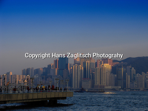 Viewpoint in Kowloon with Victoria Harbour and the skyline of Hongkong-Island.