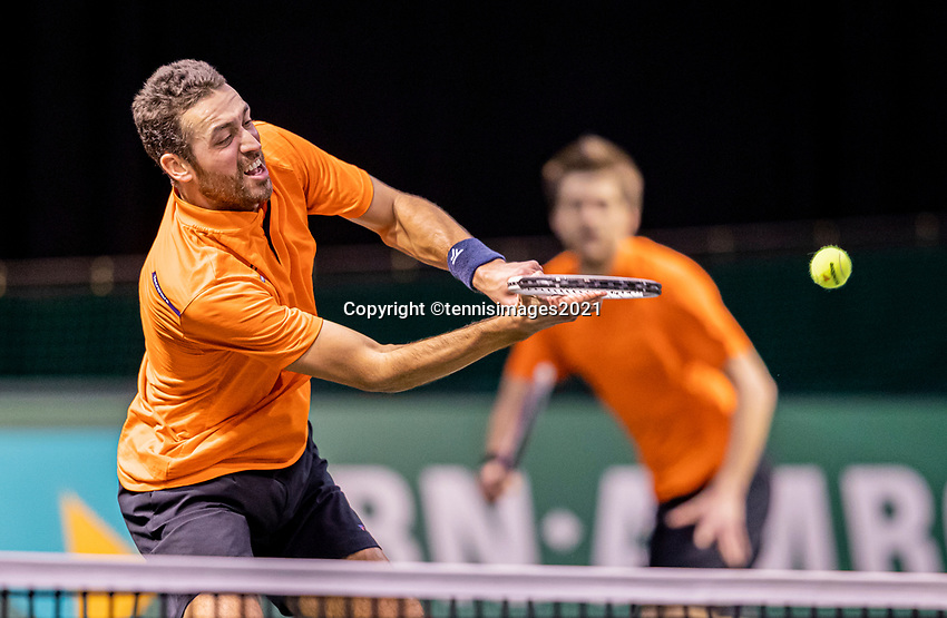 Rotterdam, The Netherlands, 28 Februari 2021, ABNAMRO World Tennis Tournament, Ahoy, Qualyfying doubles match:  Sander Arends (NED) (R) and David Pel (NED)<br /> Photo: www.tennisimages.com/henkkoster