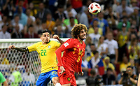 KAZAN - RUSIA, 06-07-2018: FAGNER (Izq) jugador de Brasil disputa el balón con Marouane FELLAINI (Der) jugador de Bélgica durante partido de cuartos de final por la Copa Mundial de la FIFA Rusia 2018 jugado en el estadio Kazan Arena en Kazán, Rusia. / FAGNER (L) player of Brazil fights the ball with Marouane FELLAINI (R) player of Belgium during match of quarter final for the FIFA World Cup Russia 2018 played at Kazan Arena stadium in Kazan, Russia. Photo: VizzorImage / Julian Medina / Cont