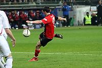Martin Fenin (Eintracht) zieht ab<br /> Eintracht Frankfurt vs. FC Bayern Muenchen, Commerzbank Arena<br /> *** Local Caption *** Foto ist honorarpflichtig! zzgl. gesetzl. MwSt. Auf Anfrage in hoeherer Qualitaet/Aufloesung. Belegexemplar an: Marc Schueler, Am Ziegelfalltor 4, 64625 Bensheim, Tel. +49 (0) 6251 86 96 134, www.gameday-mediaservices.de. Email: marc.schueler@gameday-mediaservices.de, Bankverbindung: Volksbank Bergstrasse, Kto.: 151297, BLZ: 50960101