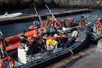 Whalewatching-Boote in Madalena auf der Insel Pico, Azoren, Portugal