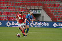Standard's Aster Janssens (5)(with the ball) and Genk's Emily Steivers (33) in action during a female soccer game between Standard Femina de Liege and KRC Genk Ladies  on the third matchday of the 2020 - 2021 season of Belgian Womens Super League , Saturday 3 rd of October 2020  in Liege , Belgium . PHOTO SPORTPIX.BE   SPP   SEVIL OKTEM