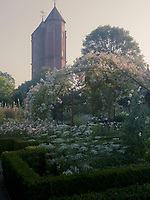 Vita Sackville-West first visited Sissinghurst Castle in Kent in 1930.  She later described it as 'Sleeping Beauty's Castle', but with 'a garden crying out for rescue'