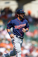Minnesota Twins pinch runner Darin Mastroianni (21) jogs to first base during a Spring Training game against the Baltimore Orioles on March 7, 2016 at Ed Smith Stadium in Sarasota, Florida.  Minnesota defeated Baltimore 3-0.  (Mike Janes/Four Seam Images)
