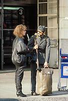 - Bern, departure of a conscript for the periodic military service....- Berna, partenza di un coscritto per il periodico servizio di leva