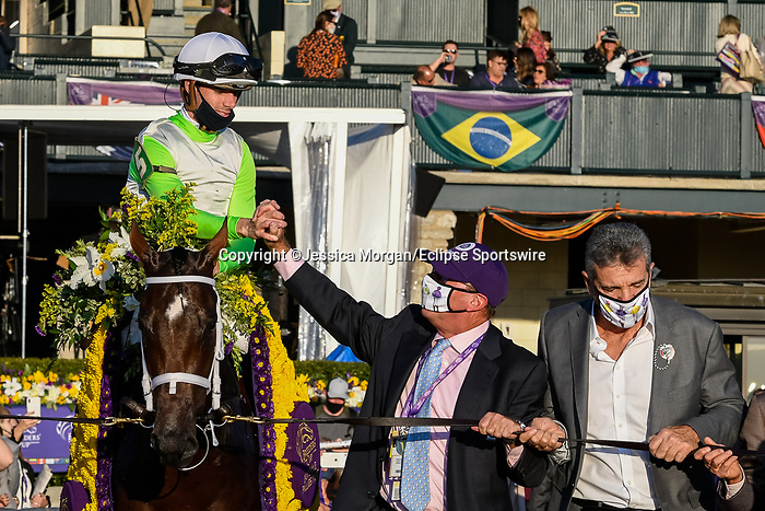 November 6, 2020: Aunt Pearl, ridden by Florent Geroux, wins the Juvenile Fillies Turf on Breeders' Cup Championship Friday at Keeneland on November 6, 2020: in Lexington, Kentucky. Jessica Morgan/Breeders' Cup/Eclipse Sportswire/CSM