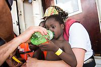 Sea Watch-2.<br /> Die Sea Watch-2 bei ihrer 13. SAR-Mission vor der libyschen Kueste.<br /> Im Bild: Gefluechtete werden an Bord der Sea Watch-2 aufgenommen.<br /> 21.10.2016, Mediterranean Sea<br /> Copyright: Christian-Ditsch.de<br /> [Inhaltsveraendernde Manipulation des Fotos nur nach ausdruecklicher Genehmigung des Fotografen. Vereinbarungen ueber Abtretung von Persoenlichkeitsrechten/Model Release der abgebildeten Person/Personen liegen nicht vor. NO MODEL RELEASE! Nur fuer Redaktionelle Zwecke. Don't publish without copyright Christian-Ditsch.de, Veroeffentlichung nur mit Fotografennennung, sowie gegen Honorar, MwSt. und Beleg. Konto: I N G - D i B a, IBAN DE58500105175400192269, BIC INGDDEFFXXX, Kontakt: post@christian-ditsch.de<br /> Bei der Bearbeitung der Dateiinformationen darf die Urheberkennzeichnung in den EXIF- und  IPTC-Daten nicht entfernt werden, diese sind in digitalen Medien nach §95c UrhG rechtlich geschuetzt. Der Urhebervermerk wird gemaess §13 UrhG verlangt.]