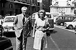 VITTORIO DE SICA CON LA MOGLIE MARIA MERCADER<br /> ROMA 1971
