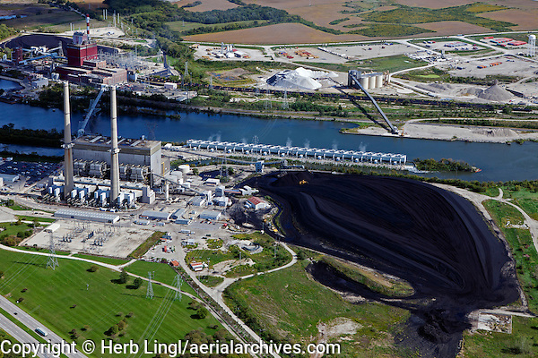 aerial photograph Joliet coal power generation plant, Joliet, Illinois