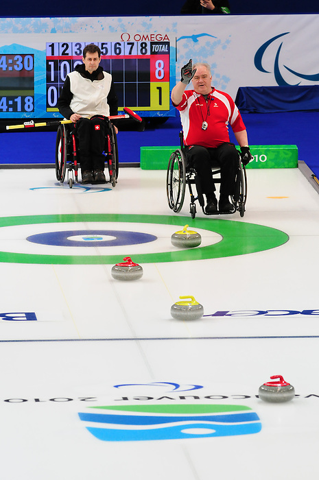 Jim Armstrong, Vancouver 2010 - Wheelchair Curling // Curling en fauteuil roulant.<br /> Team Canada competes in Wheelchair Curling // Équipe Canada participe en curling en fauteuil roulant. 16/03/2010.