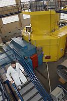 - LENA (Laboratorio Energia Nucleare Applicata dell'università di Pavia), reattore nucleare di ricerca TRIGA Mark II....- LENA (Applied Nuclear Energy Laboratory of Pavia university ), nuclear reactor for search TRIGA Mark II