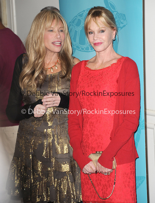 Beverly Hills , California - October 30 :  Carly Simon and Melanie Griffith arrives at The Oceana's Partners Awards Gala 2013 held at The Regent Beverly Wilshire in Beverly Hills, California on October 30,2012                                                                               © 2013 Hollywood Press Agency