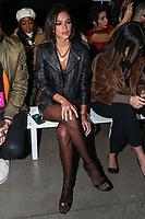 NOVA YORK,USA, 13.02.2019 - MODA-NOVA YORK - Bruna Marquezine durante desfile da grife Rosa Cha no New York Fashion Week (NYFW) em Nova York nesta quarta-feira, 13. (Foto: Vanessa Carvalho/Brazil Photo Press)
